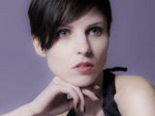 Eugenia.crop_display.jpg