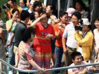 Guilin, Cina - Turisti cinesi sul fiume Li.crop_display.jpg