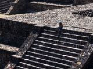 Teotihuacan, sito archeologico azteco..crop_display.jpg